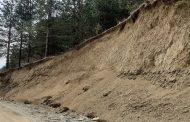 Societatea de Geografie vine cu un proiect de susținere a marginilor drumului Soveja-Negrilești